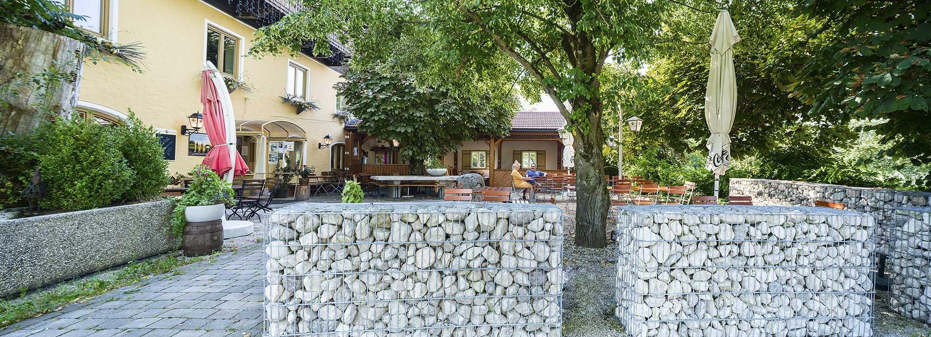 WirtMundenham_Gastgarten_3